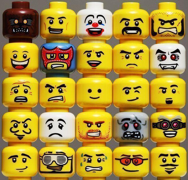caras LEGO