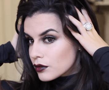 Maquillaje de vampiresa sexy